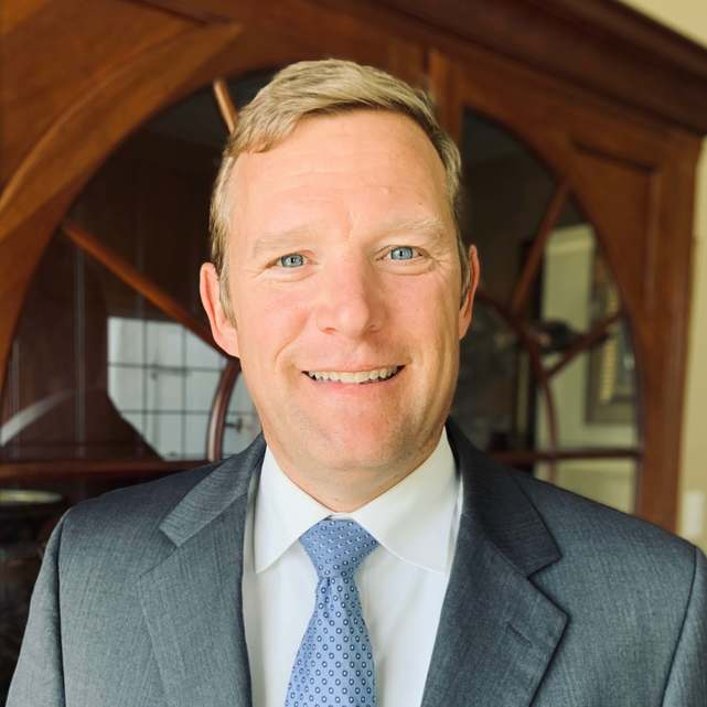 Kevin Gillen, Hispanic Lawyer
